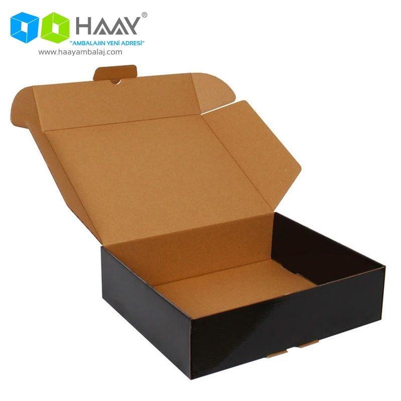 29x25,4x8 cm Siyah Kapaklı Kutu