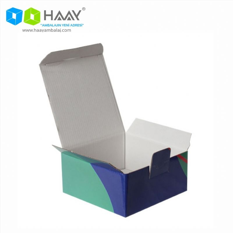 13,5x13,5x6,5 cm Yeşil Lacivert Kapaklı Hazır Kutu - 702