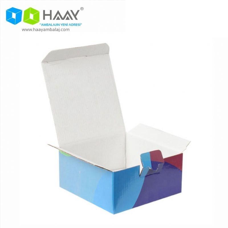 13,5x13,5x6,5 cm Mavi Bordo Kapaklı Hediyelik Kutu - 700